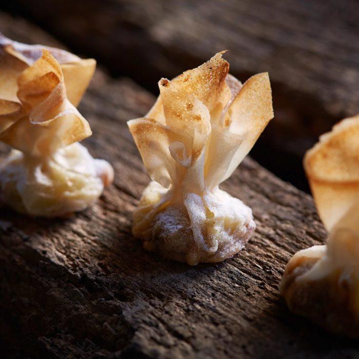 aumonieres-pomme-noix-roots-steffen-traiteur-luxembourg-caterer-mariage-wedding-catering